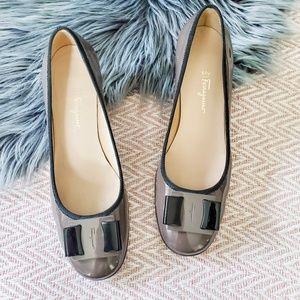 Salvatore Ferragamo My Flair Shoes Gray Pumps